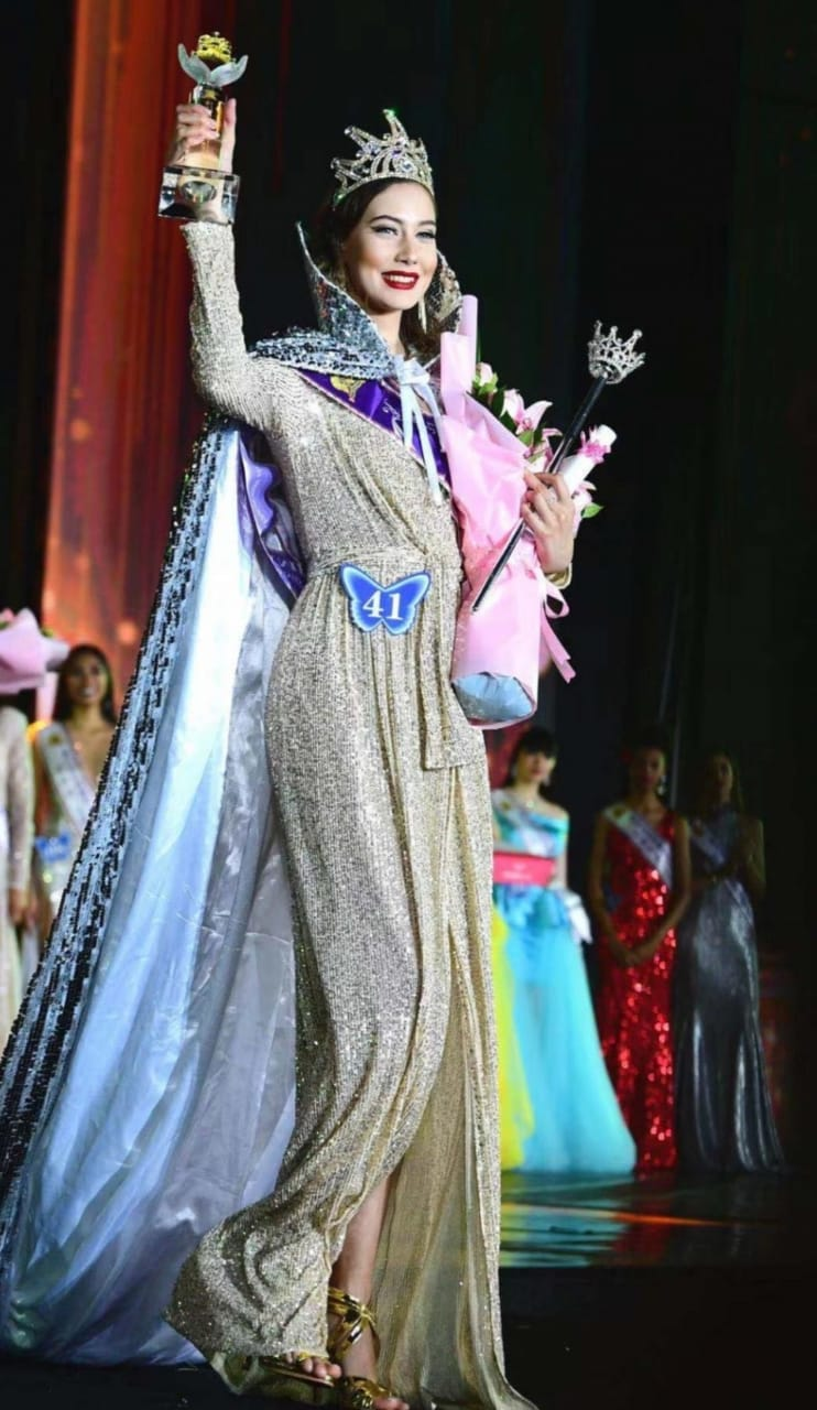 miss-model-of-the-world-2019-1