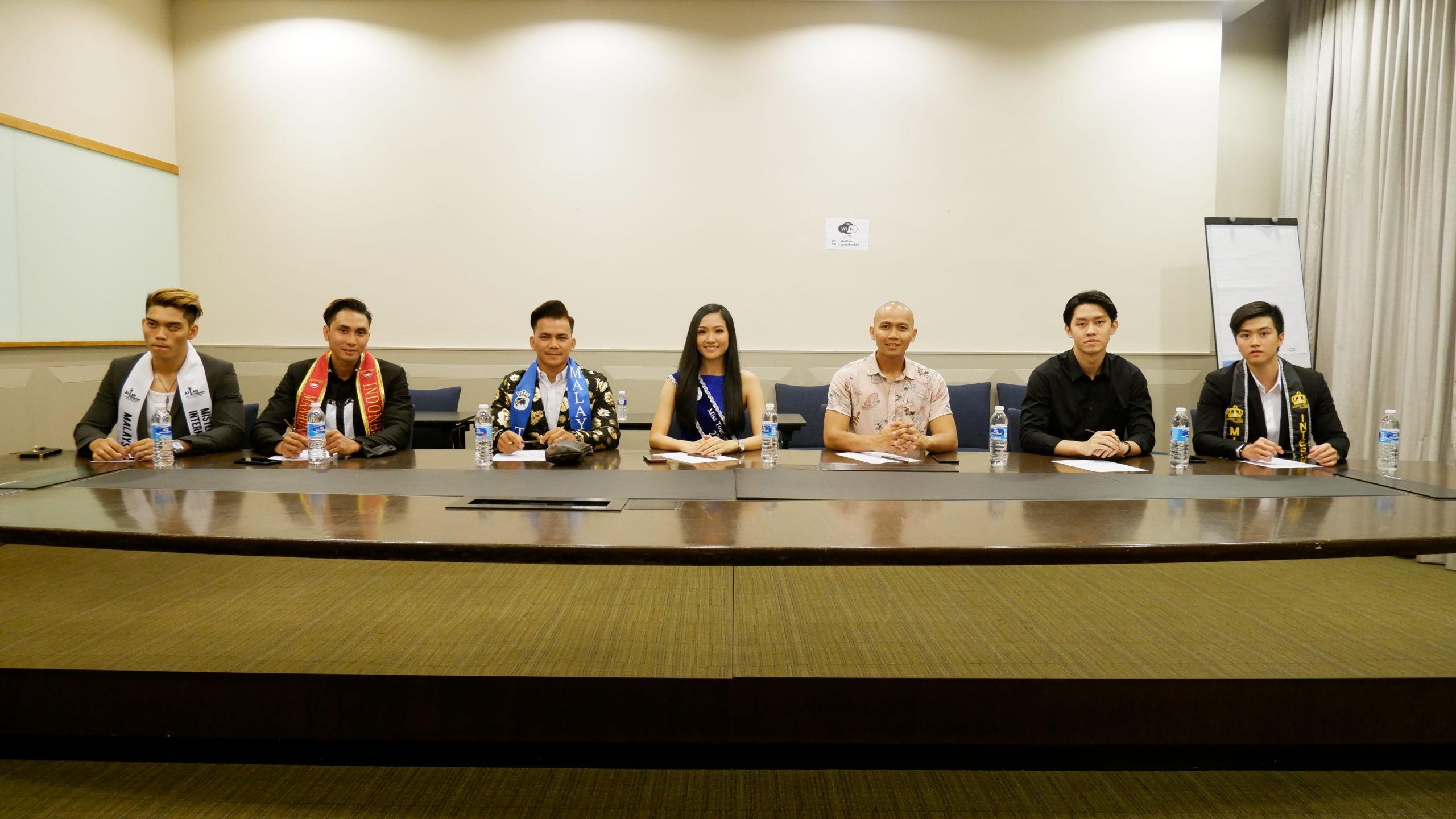 Elardy-Tan-Manhunt-International-Indonesia-2019-Jadi-Juri-Mister-Tourism-Culture-&-Universe-Malaysia-2020