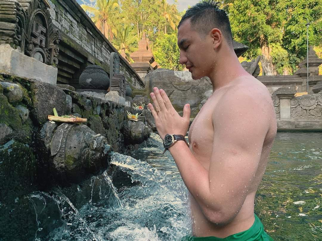 Nguyen-Van-Son-Mister-Global-2015-in-Bali