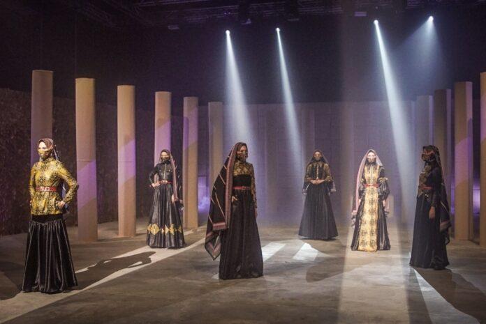 Designer-Langganan-Pageants-Eko-Tjandra-Tampil-Perdana-di-Indonesia-Sharia-Economic-Festival-2020