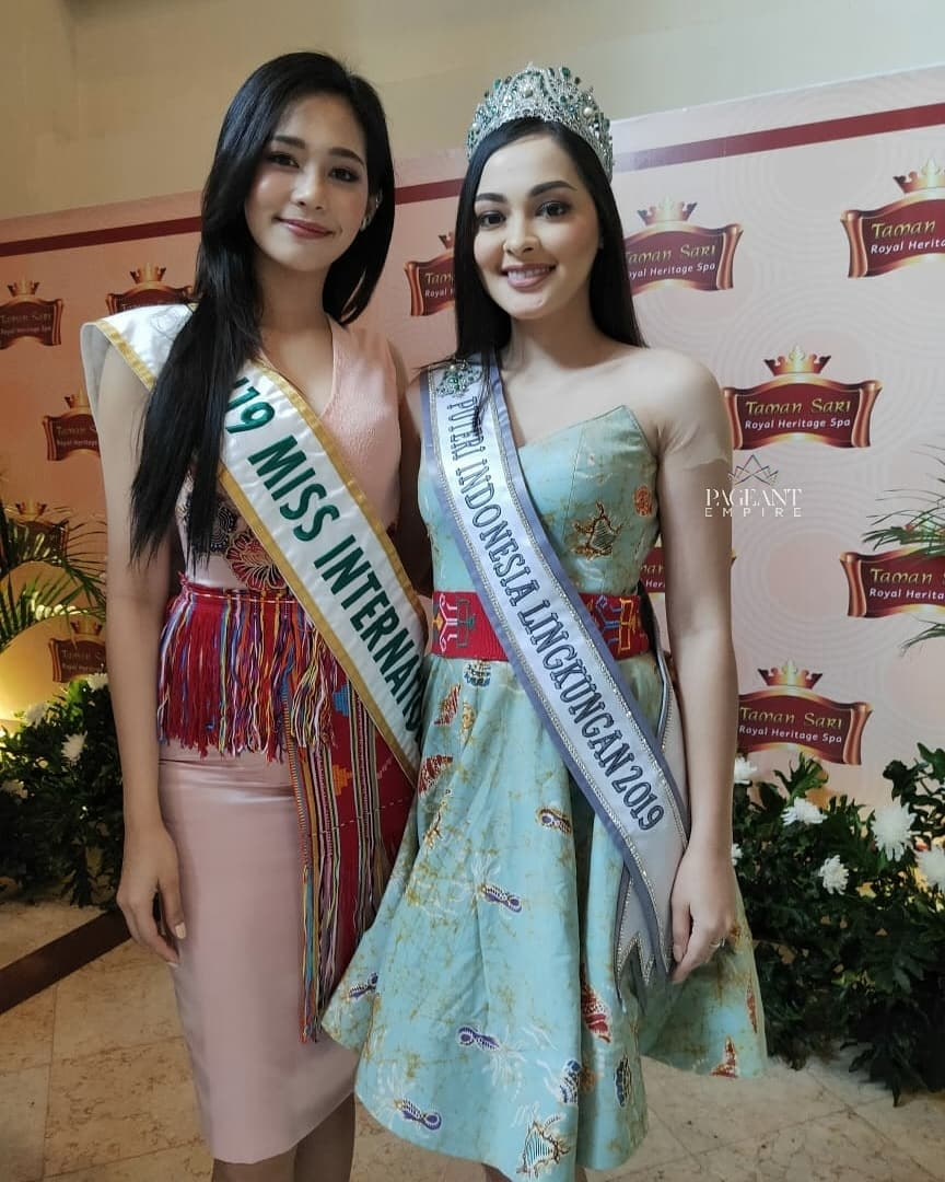 Jolene-Marie-Puteri-Indonesia-Lingkungan-2019-dan-top-8-Miss-International-2019-Sireethorn-Leearamwat-Miss-International-2019