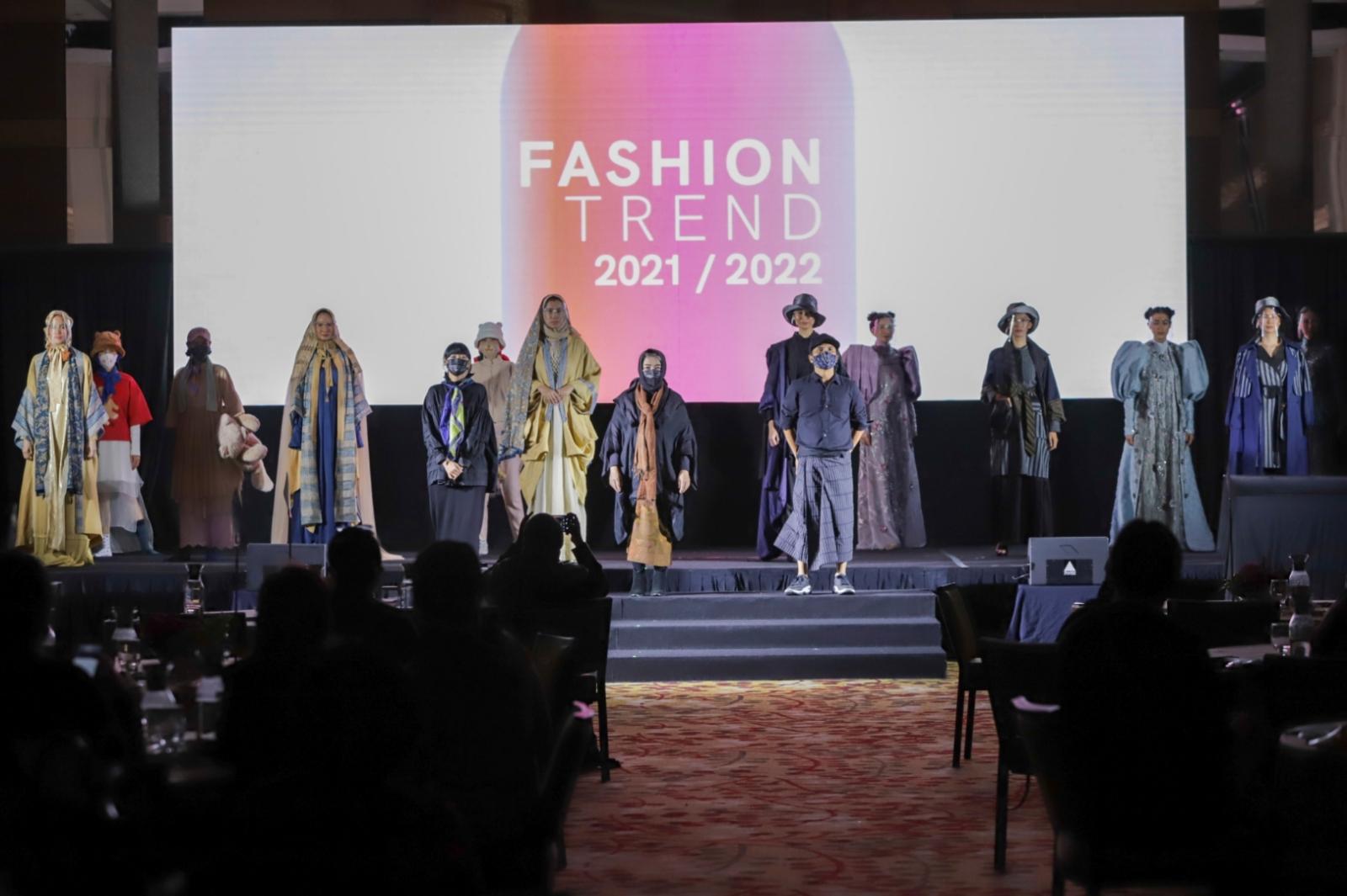 Kemenparekraf-Luncurkan-E-Book-Fashion-Trend-21-22